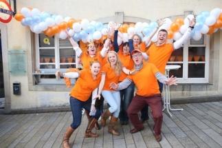 NVL bestuur tijdens Koningsdag 2016 in Luxemburg Stad