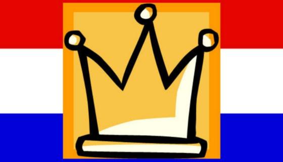 foto van een nederlandse vlag met een kroon icoon er op